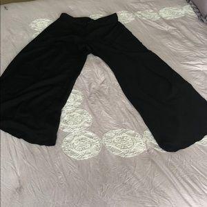 Wide & open leg  women pants 🖤